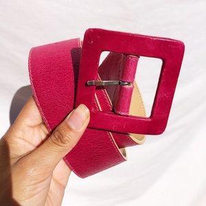 Vintage magenta thick leather belt